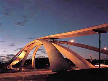 Leonardo di Vinci Golden Horn bridge design in Norway