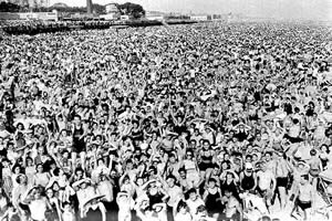 wall-to-wall people on the beach